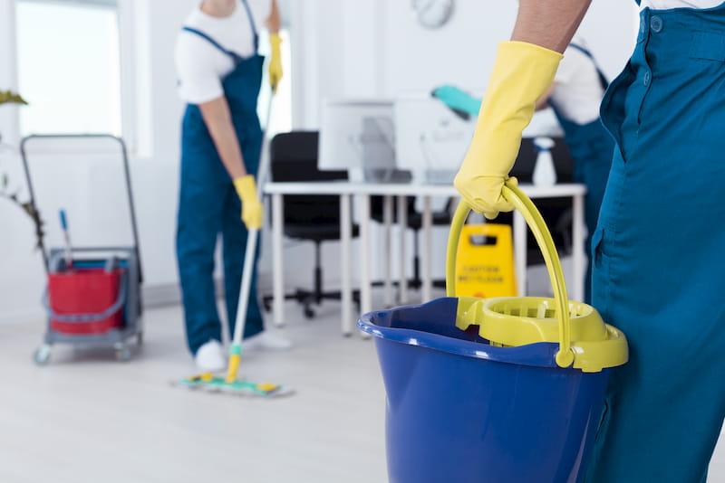 ¿Por qué contratar una empresa de limpieza?