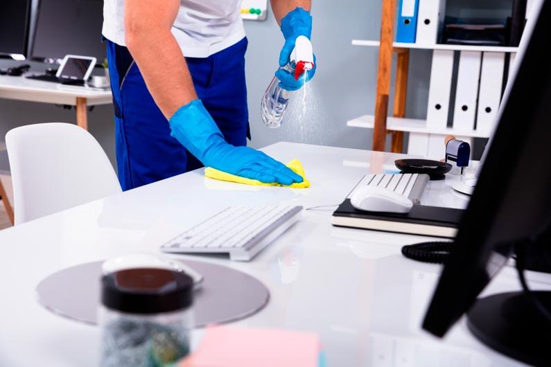Qué material de limpieza para empresas es recomendable
